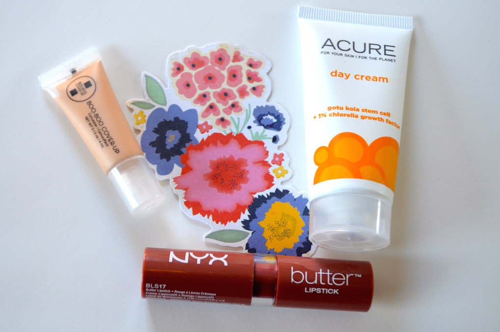 March-ipsy-bag-flower-concealer-lotion