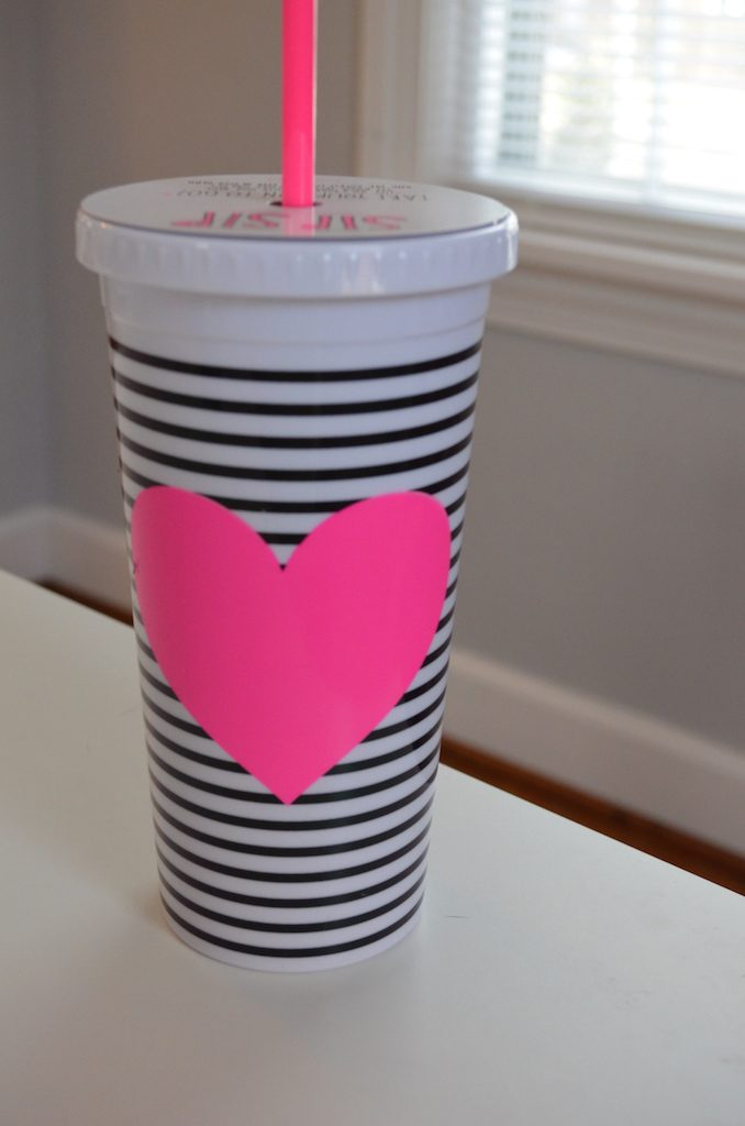 bando-heart-with-stripes-cup