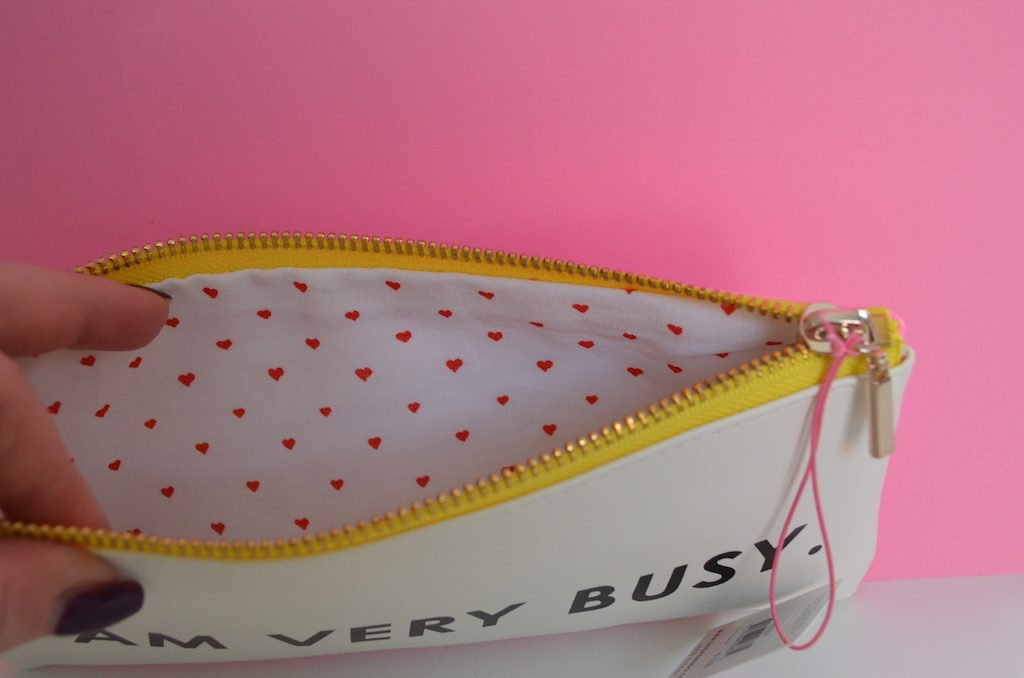 inside-bando-pencil-case