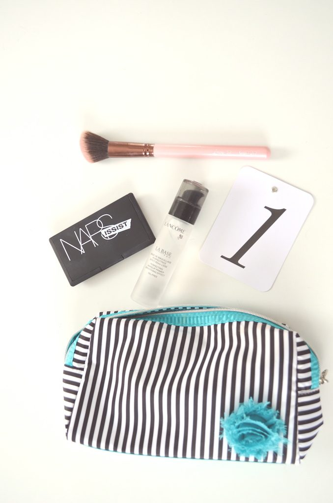 makeup-bag-with-nars-brush-primer