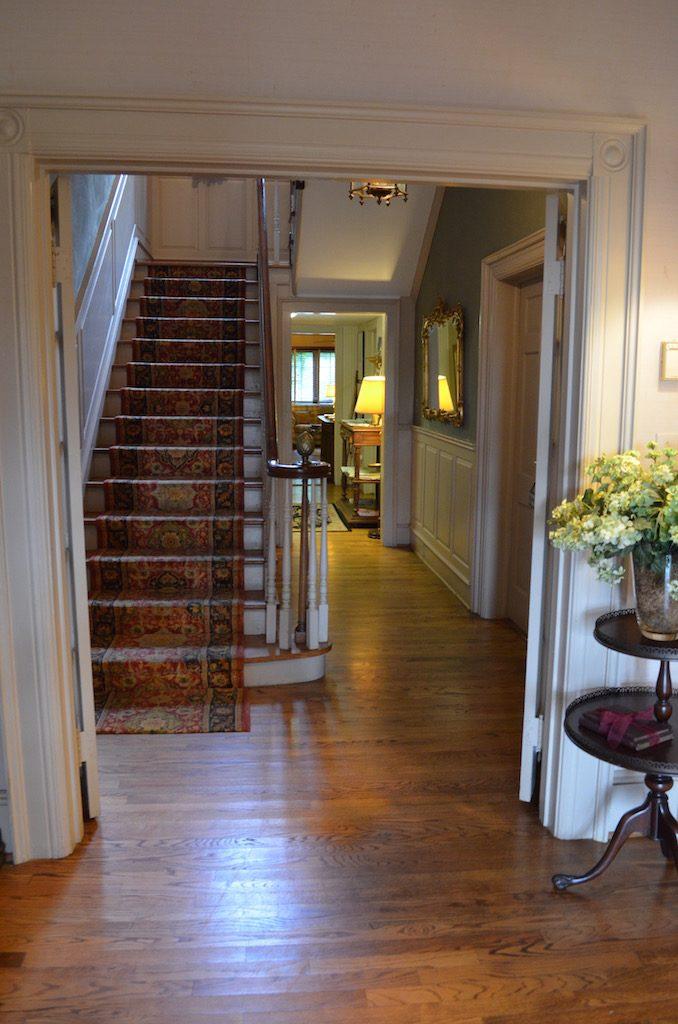 stairsattheyellowhousebandb