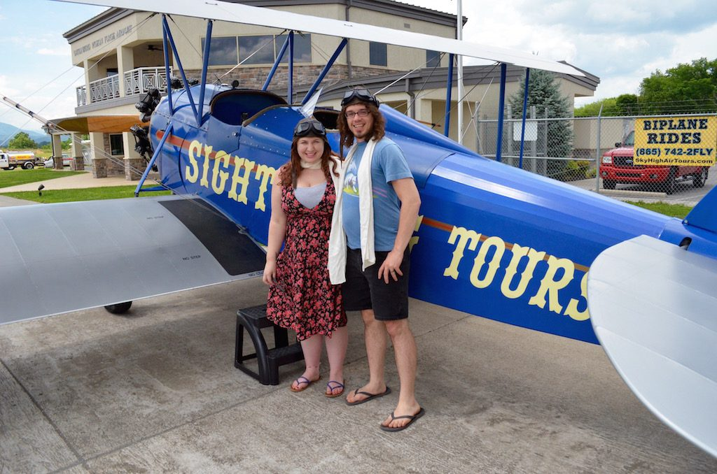tiffanddustonbiplane
