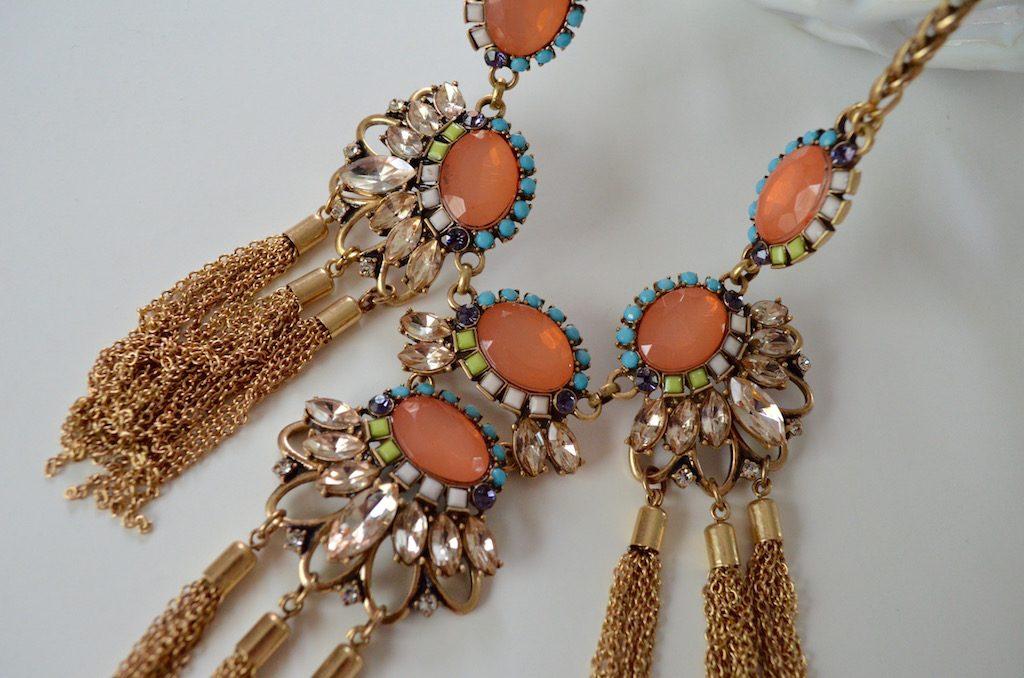 necklacefromsticksandstonesupclose