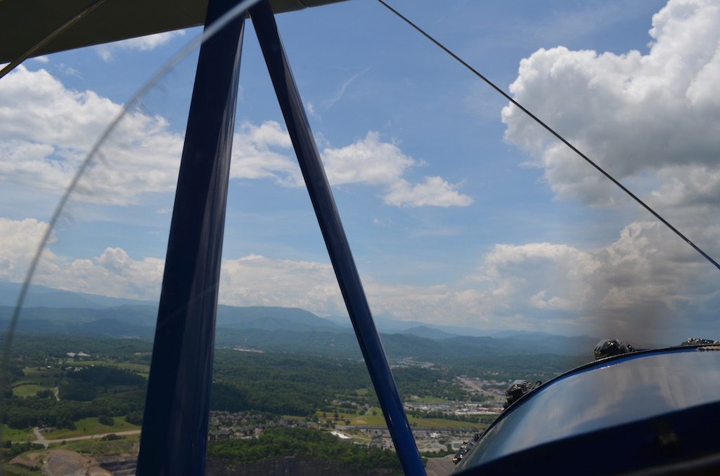 cloudsfrontofplane