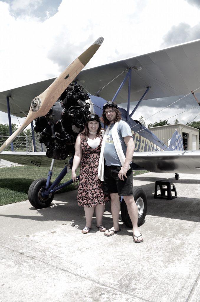 vintageditinfrontofplane